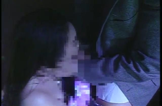 M男がバスの中で可愛いOLさんに羞恥手コキ責めされます♡